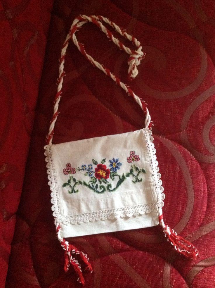 Eski kanaviçelerden yaptığım çanta