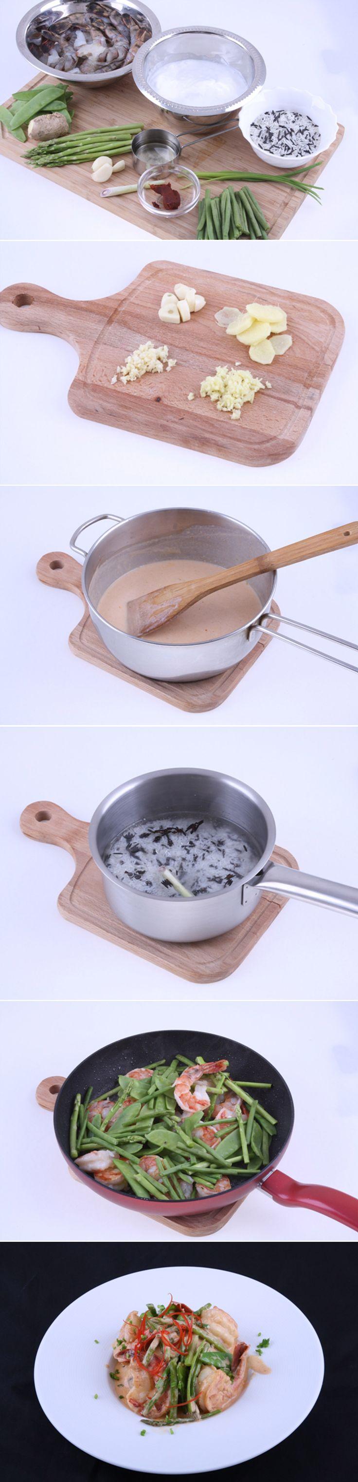 Креветки Карри. Блюдо с невероятным, насыщенным ароматом и пикантным вкусом! Они отлично гармонируют с рисом, при этом готовится легко и быстро! Это беспроигрышный вариант, если хотите удивить и порадовать близкого человека. Полный список ингредиентов и способ приготовления блюда вы можете увидеть в...http://vk.com/dinnerday; http://instagram.com/dinnerday #креветки #кулинария #карри #рецепт #рис #спаржа #еда #рецепты #dinnerday #food #cook #recipe #recipes #shrimp #curry #rice #asparagus