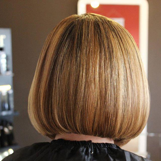 Tuns&Aranjat  (Haircut&Hairstyle by) realizat de Bianca Nicoara la #studioxpression  #newlook #hair #hairstyle #haircolor #previahaircare #phlaboratories #shorthair #lookoftheday #instacool #beautysalon #beauty #clujlife