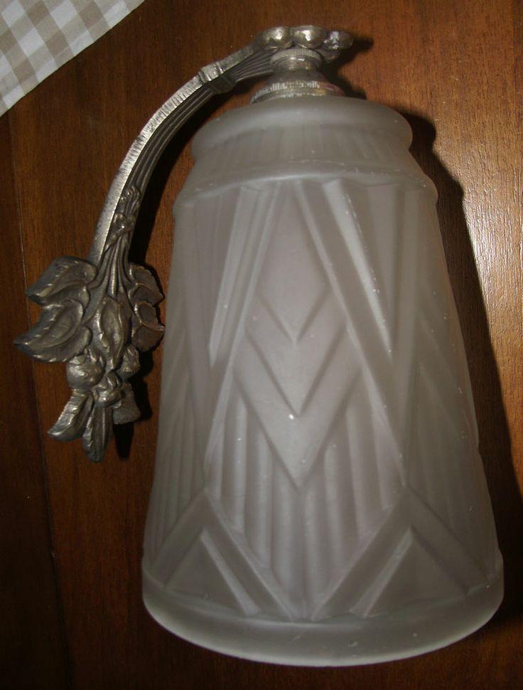 ancienne applique art deco tulipe en verre depoli - Applique Salle De Bain Art Deco
