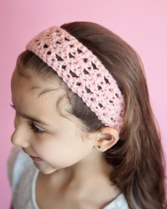 """This is a quick and easy crochet pattern for an adorable hairband. All you need is a size H (5 mm) crochet hook, some worsted weight yarn, and a pair of scissors."""