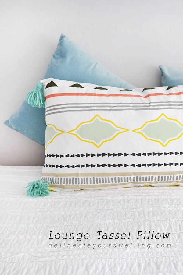 Simple to Sew Lounge Tassel Pillow, Delineate Your Dwelling