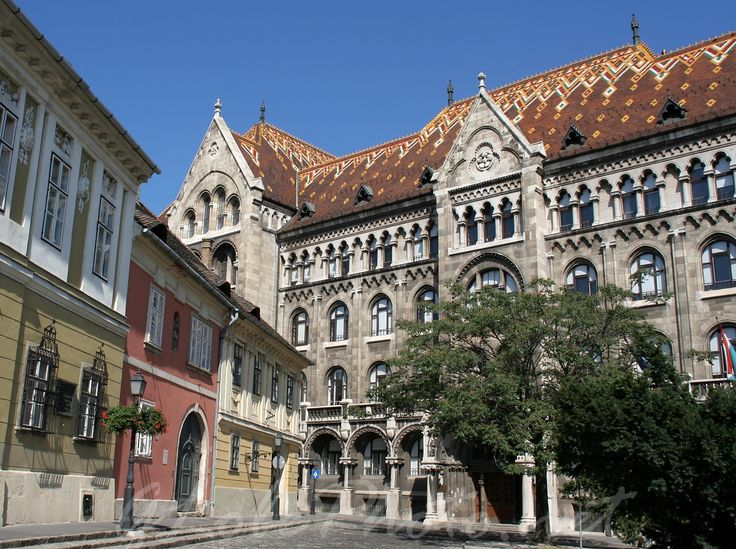 Budapest | Building of the National Archives of Hungary with Zsolnay ceramics & roof tiles. view on Fb https://www.facebook.com/BudapestPocketGuide credit: Bagolyfotó #budapest #zsolnay #porcelain #ceramics #tiles