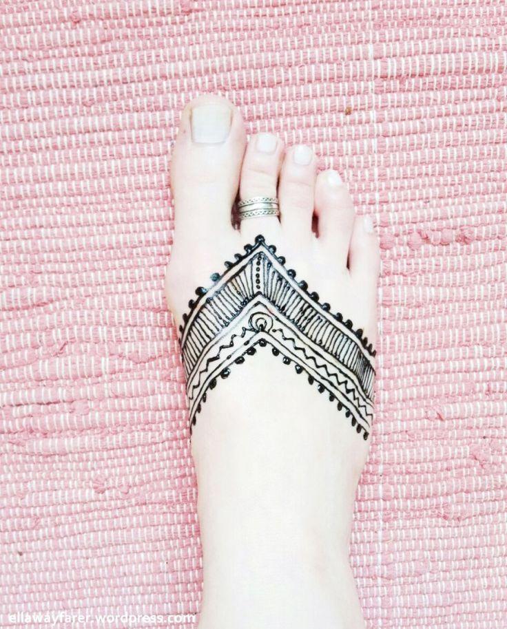 Mehndi Foot Tattoo Designs