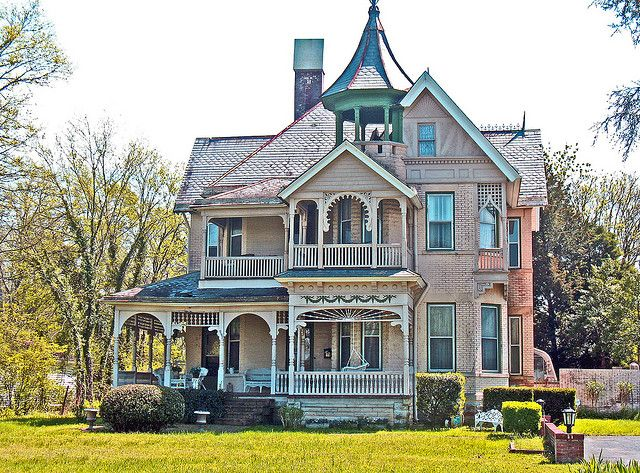 21 best victorian houses images on pinterest old for Victorian themed house