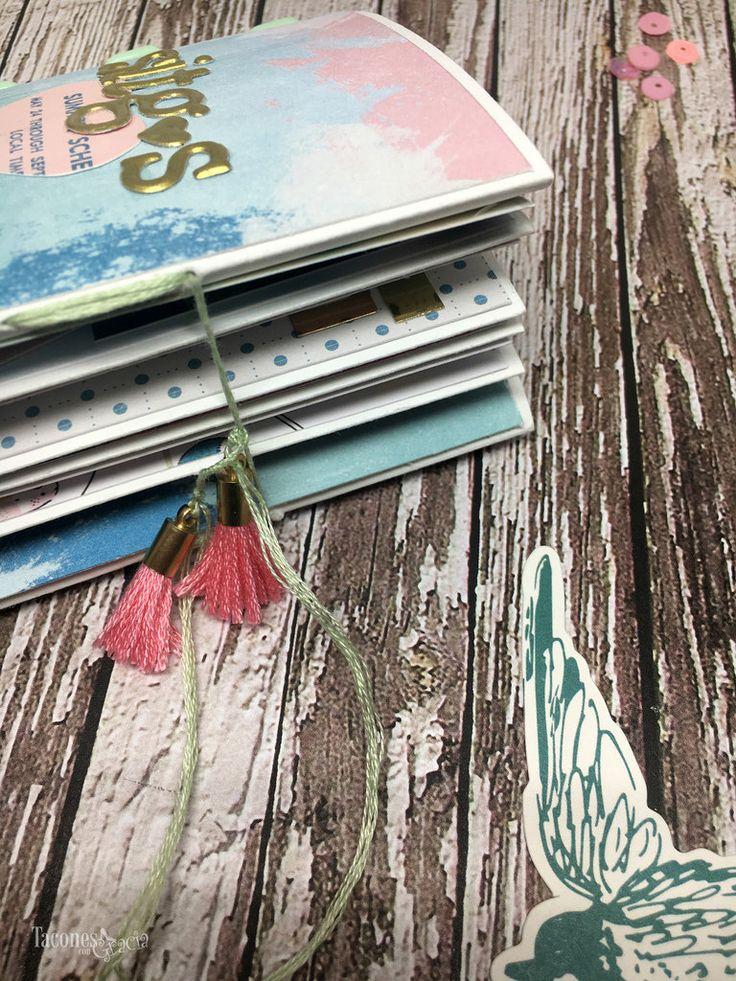 Mini álbum para Mireia, a través del Blog TaconesConGracia. http://taconescongracia.blogspot.com.es/2017/05/album-recuerdos-de-sitges-para-mireia.html