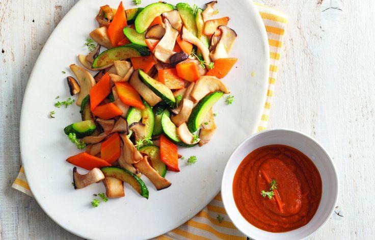 Ricetta Sauté di funghi cardoncelli, zucchine e carote - Le ricette de La Cucina Italiana