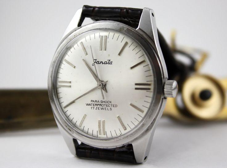 Name:  559907d1321638922-hmt-janata-silver-dial-old-design-dial-lotsa-pictures-my-hmt-watch-series-part.jpg Views: 1255 Size:  613.0 KB