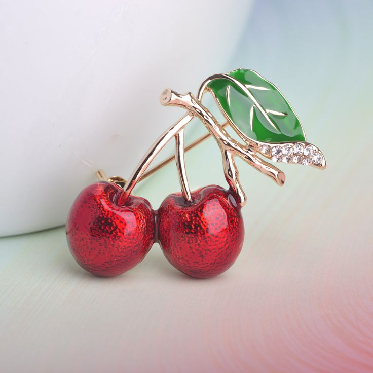 Wholesale Red Enamel Sweet Cheery Brooch Pin Gold-color Women Sweater Dress Cardigan Decoration Female Fruit Brooches Nice gift