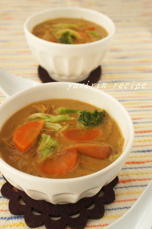 冷える朝はほかほかヘルシー具だくさん食べるスープ5選