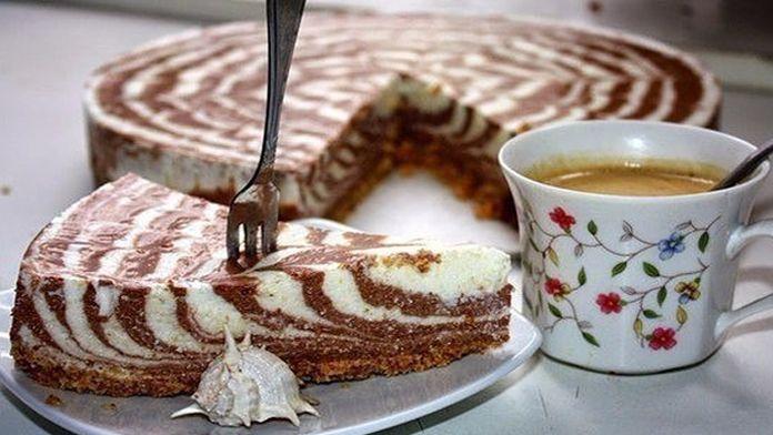 Tvarohový dvoubarevný dort připravený bez pečení za 20 minut! | Vychytávkov