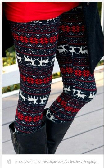 Super cute Christmas leggings!