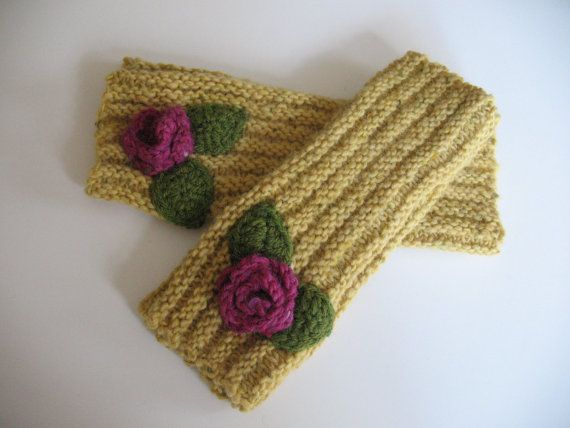 Pure Irish Wool Wristwarmers by TissaGibbons on Etsy, €18.00