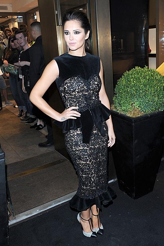 Fashion`s Night Out 2012 в Лондоне Шерил Коул