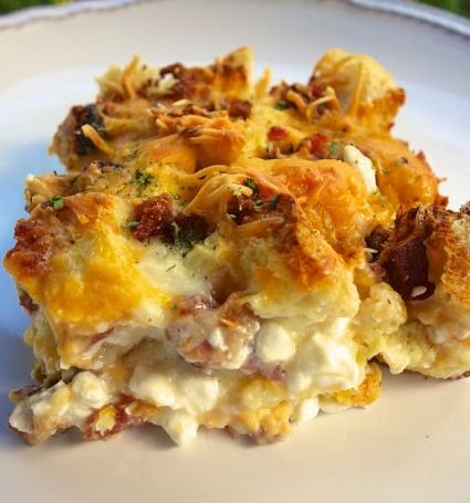 Cheesy Bacon Breakfast Casserole
