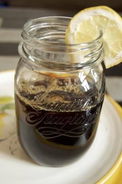"""Cold Brewed Coffee. Hier bekommt ihr alle ✓Methoden und ✓Rezepte zum Thema Kaffee kalt """"brühen"""". Kaffee auf ✓Eis für den Sommer."""