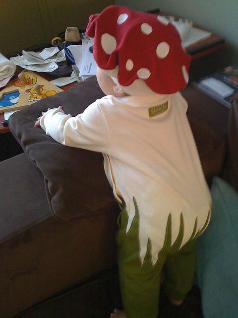DIY Baby Mushroom Costume w/hat
