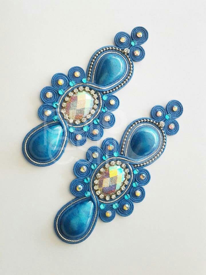 Brinco em fio azul e furta cor! facebook.com/lojapuroestilo