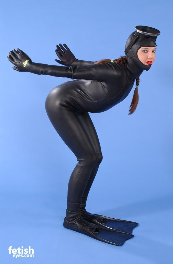 Pin By De Proxor On Diving Woman Wetsuit Drysuit And