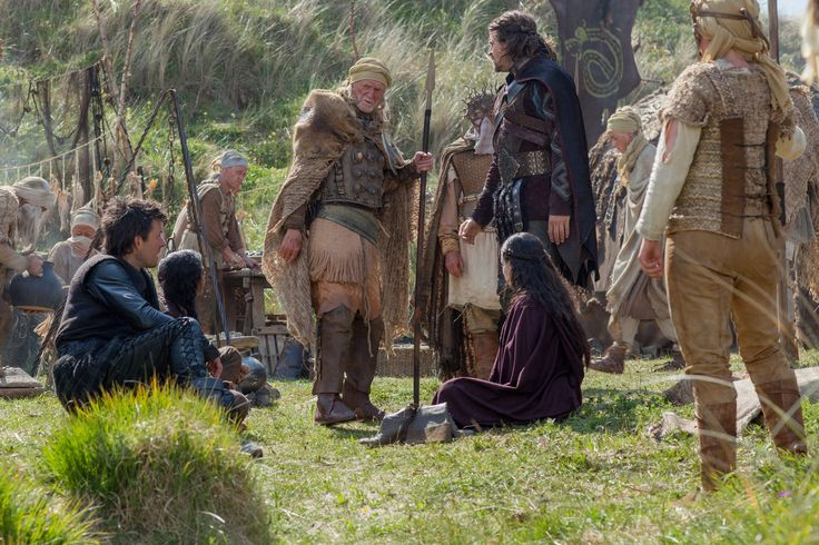 Beowulf - Return to the Shieldlands - Beowulf with Breca and Gorrik