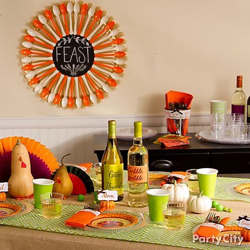 Fresh And Fun Thanksgiving Tablescape Ideas With Crisp