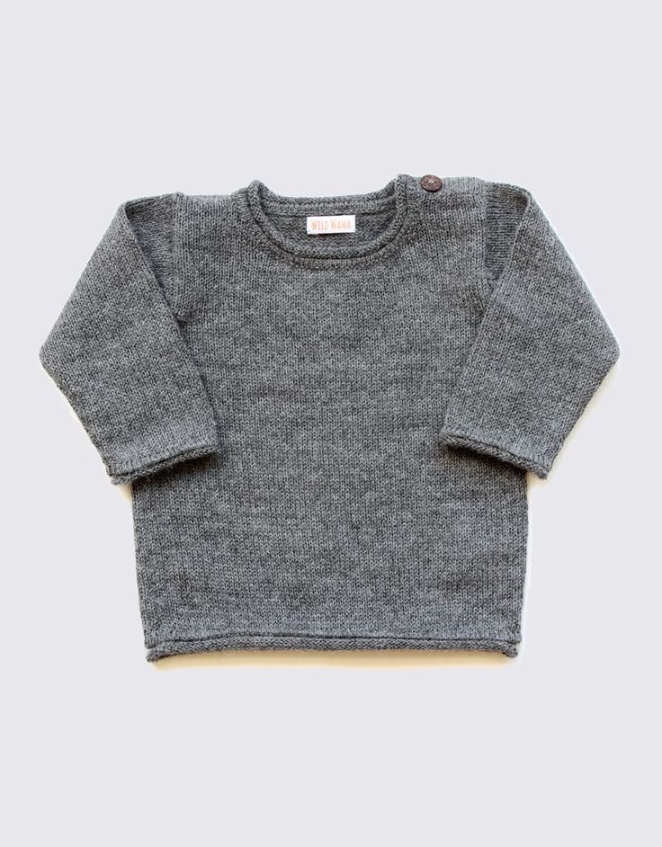 Alpaca sweater in natural grey with coconut buttons on the shoulder