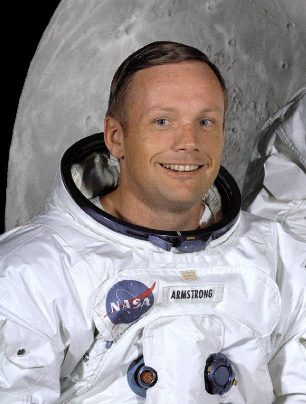 neil armstrong essay Neil armstrong essay sample neil armstrong the first american man who walked on the moon neil alden armstrong was born on august 5, 1930 he was born on his grandparents' farm in auglaize county.