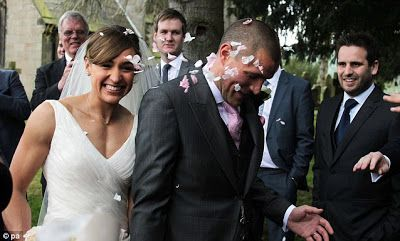 Jessica Ennis marries Andy Hill, May 2013. She chose Pink and White Rose and Hydrangea confetti petals