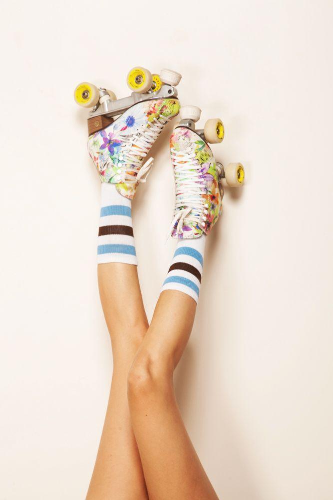 patins avec petites fleurs