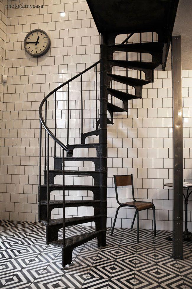 Best 26 Best Spiral Staircase Images On Pinterest Spiral 400 x 300