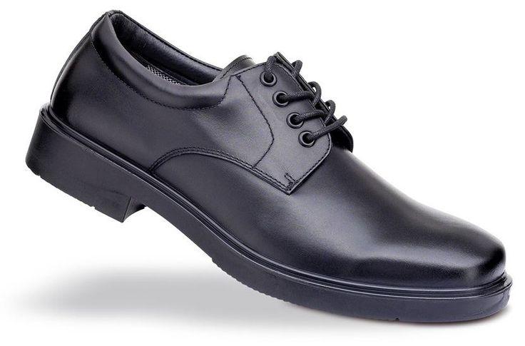 #Aracotextil Zapato de seguridad labotal http://www.aracotextil.com/zapatos-profesionales