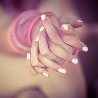 white nails: Nails Art, Nails Colors, White Summer Nails, Nailpolish, Pastel Nails, White Nails, White Polish, Nails Polish Colors, Lights Nails