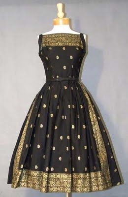 vintage polka dot sari dress-I love it, I want one Plus Size of course.