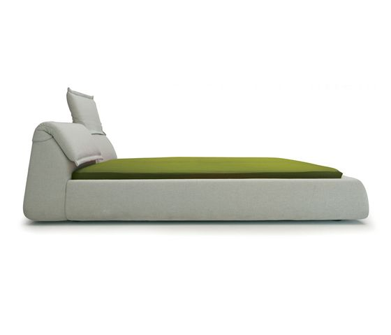 Double beds | Beds and bedroom furniture | Highlands Bed | Moroso ... Check it out on Architonic