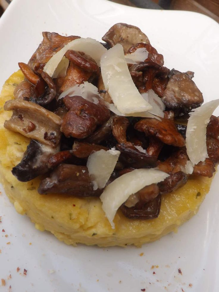 Panisse au parmesan et sa fricassséé de cépes et girolles ig bas
