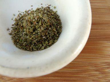 Dried Marjoram.  jpg - Photo © Erin Huffstetler