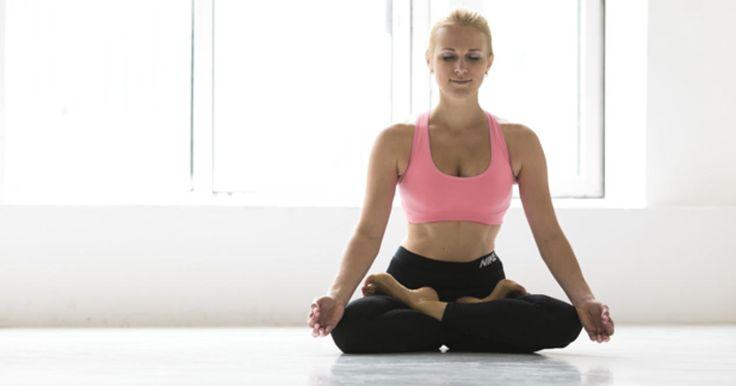 Боль в спине: 8 поз йоги для исцеления