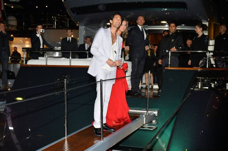 roberto cavalli r.c. yacht | ... : super party con star e celebrities sullo yacht di Roberto Cavalli