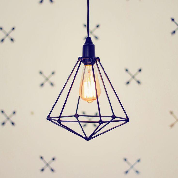 DIY - Luminária inspirada no Pinterest ❤ Quer aprender a fazer? Corra no canal Diycore e confira o passo a passo  www.youtube.com/diycore