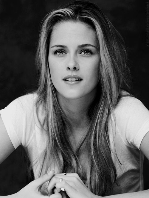 Kristen Stewart. I think this pic is the most beautiful pic she has ever had. She was younger, more normal, & natural.