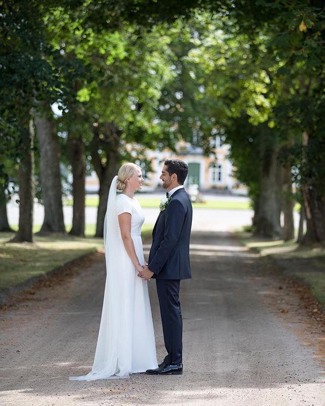 Någon som längtar till sommaren? #bröllopsinspo #bröllop #bröllop2018 #bröllopsfotograf #bröllopsfeber #sommar #wedding #weddingdress #ig_cameras_united #igdaily #igscandinavia #igsweden #katrineholm #norrköping #linköping #motala #söderköping #stockholm #nyköping #vadstena