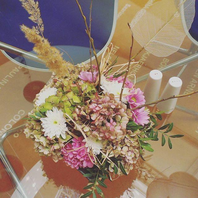 It's #autumn #time!  #autumndecor #falldecor #autumnmood #october #flowers #flowerdecor #design #vintage #Prague #praguehotels #czechrepublic #hotel #hotelsax