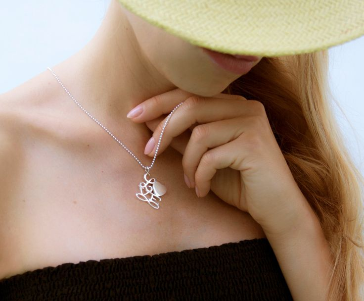 The Love Infinite necklace by Lilou expresses your love; and thanks to its engraving, it's a unique jewel... #lilou #love #necklace #infinite #engraving #unique