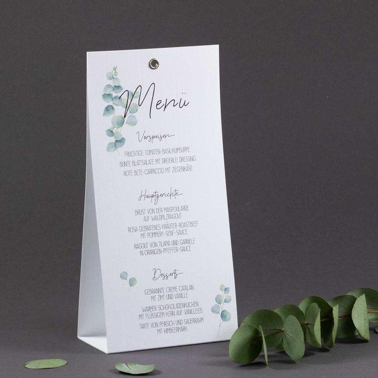 Elegante Menükarte zur Hochzeit als Aufsteller mit zartem Eukalyptusdruck