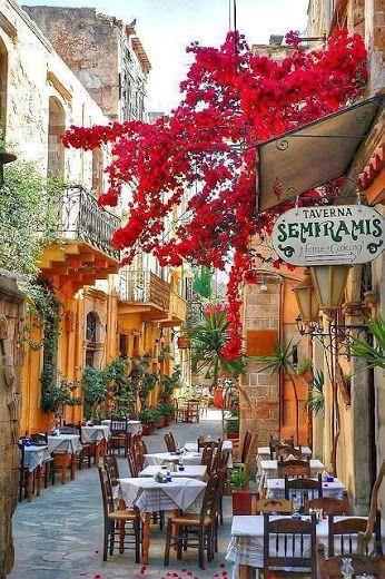 prachtig grieks sfeerplaatje zoals ik mijn tuin graag zou zien