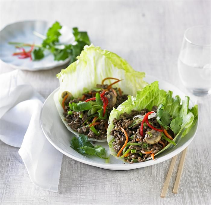 Beef mince and vegetable san choy bow