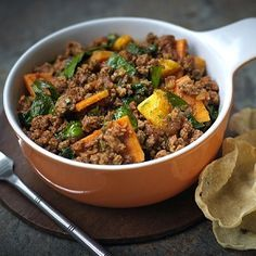 Try this quick spinach and sweet potato curry recipe with Quorn Mince, onion, baby spinach, mango, ginger and sweet potato topped with fresh coriander.