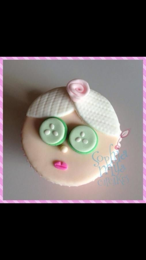Pamper girl cupcake