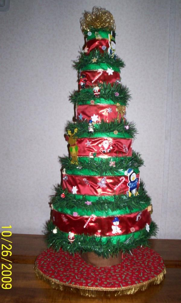 6 Layer Christmas Tree Diaper Cake In Diaper Cakes By