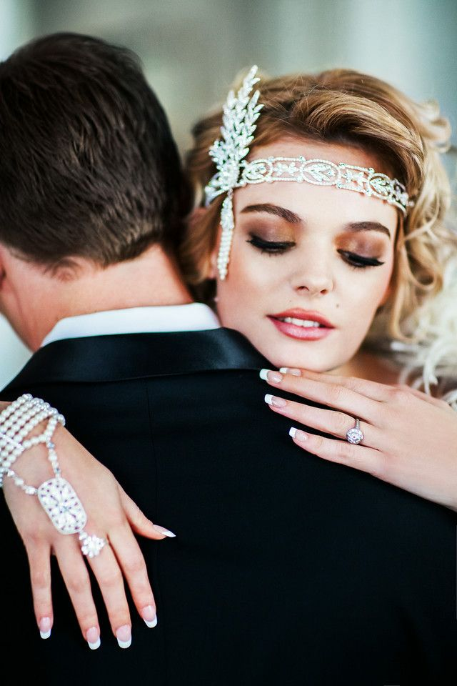Great Gatsby Style Wedding Hand Chain